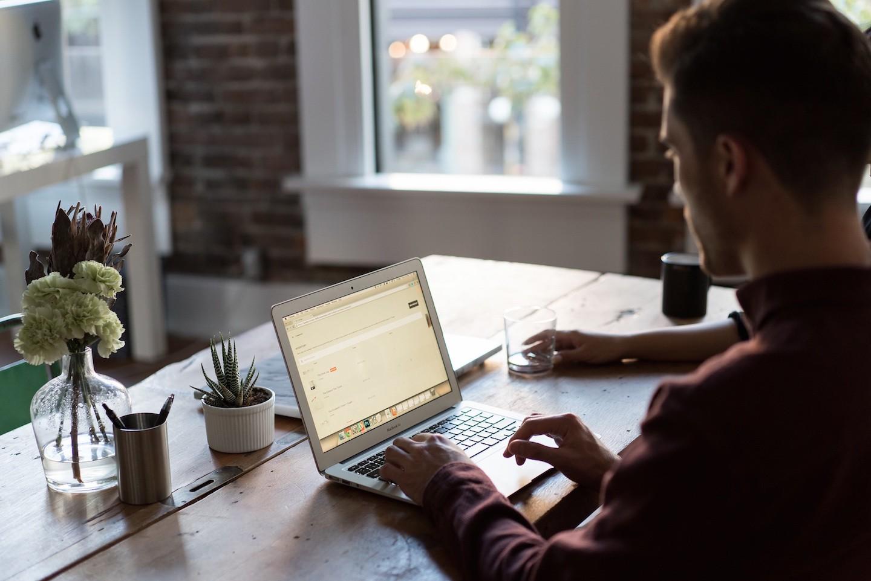 How to write the perfect CV - Graduateland